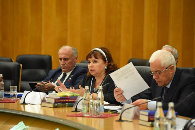 Карпачёва Н.И.,заместитель председателя Союза юристов Украины