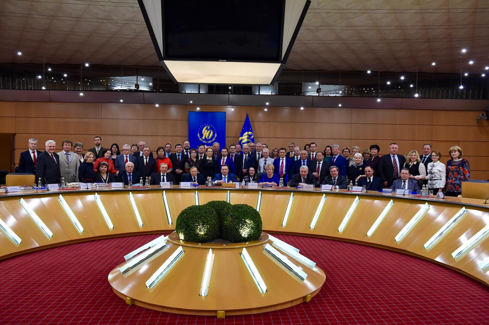 Участники заседания Координационного совета Международного союза юристов